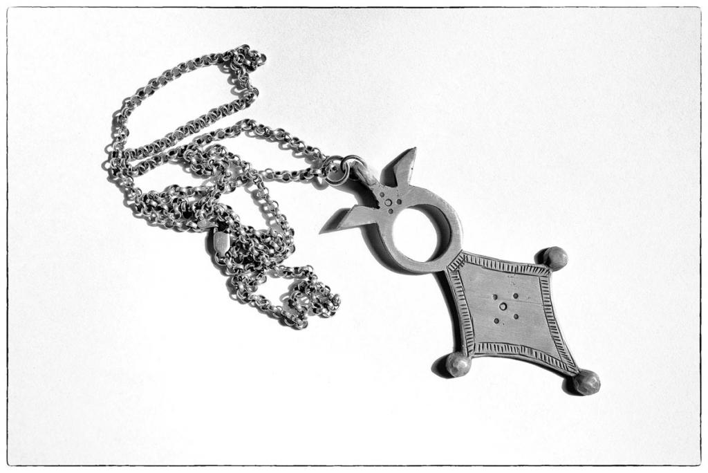 taneghilt - beeldmerk en kompas van liefde en verbinding
